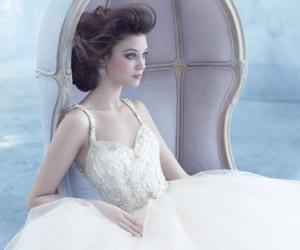 Коллекция свадебных платьев Lazaro весна-лето 2013