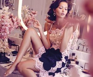 Yada Villaret на страницах Vogue Thailand