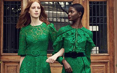 Вечерние платья в стиле 70-х в коллекции Costarellos Pre-Fall 2021