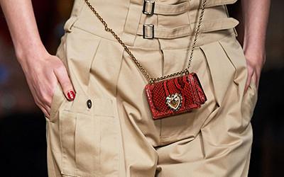 Микро-сумки из коллекции Dolce & Gabbana весна-лето 2020