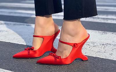 Детали street style: модная и необычная обувь гостей модных показов