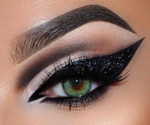 Необычный макияж глаз от Nataliya Stefani