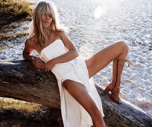 Emily Baker на страницах Harper's Bazaar Australia