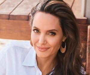 Angelina Jolie для журнала Harper's Bazaar US