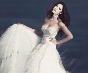 Свадебные и вечерние платья Julia Kontogruni 2013