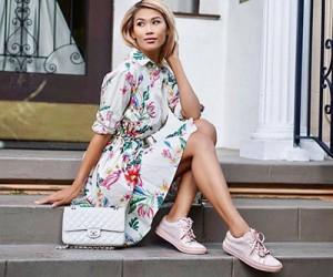 Кеды и кроссовки под платье - 30 примеров на модных блогерах