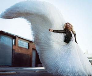 Martha Hunt для журнала Harper's Bazaar Turkey