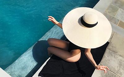 Модные соломенные пляжные шляпы 2019 от Eugenia Kim