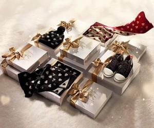 Рождественская коллекция Burberry With Love Christmas 2013