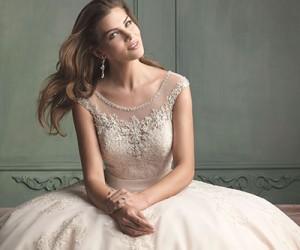 Свадебные платья Allure Bridals весна 2014