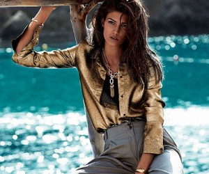 Kendra Spears на страницах Vogue Spain