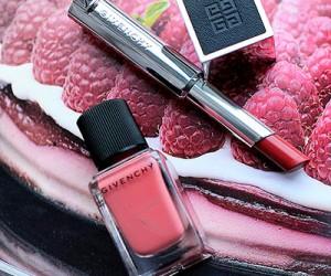Отзыв о помаде Givenchy Le Rouge a Porter и лаке для ногтей Le Vernis