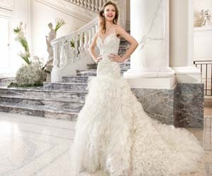 Свадебные платья Demetrios Couture 2015