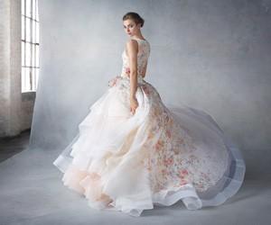Свадебная коллекция Lazaro от JLM Couture весна-лето 2016