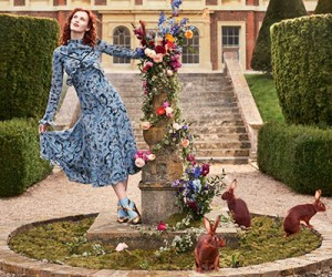 Karen Elson на страницах журнала Harper's Bazaar UK