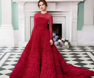 Lily James на страницах Harper's Bazaar UK