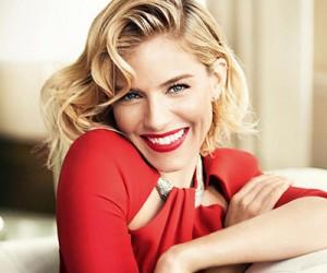 Sienna Miller на страницах Vogue UK