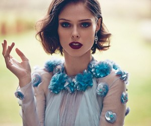 Coco Rocha на страницах Hola Magazine