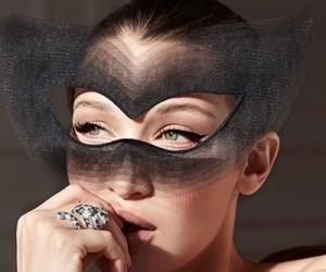 Bella Hadid на страницах Harper's Bazaar US