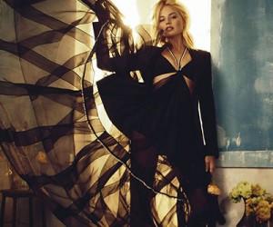 Margot Robbie для журнала Vogue Australia